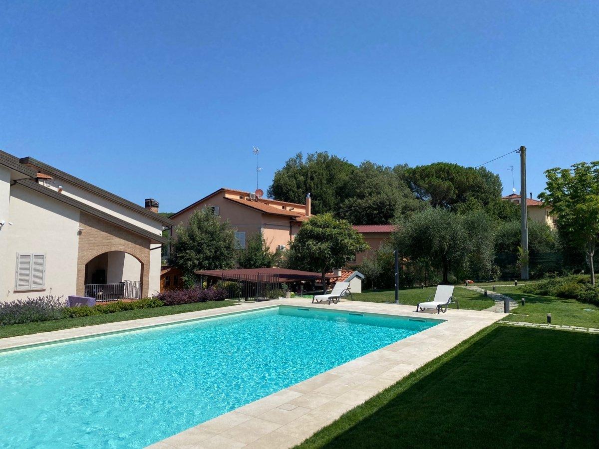 Villa privata   Le realizzazioni di Fabbri Vivai