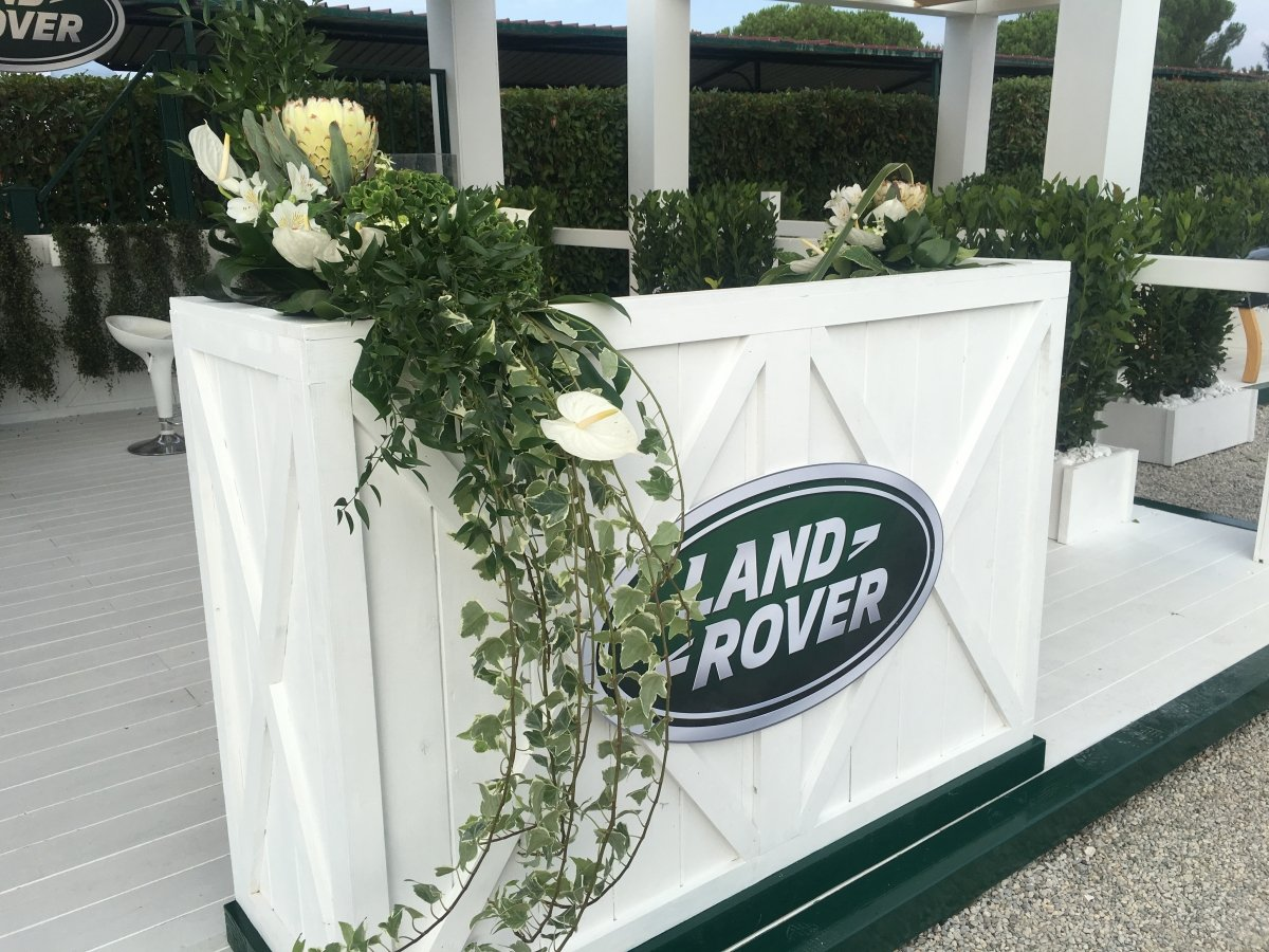 Stand Land Rover  | Le realizzazioni di Fabbri Vivai